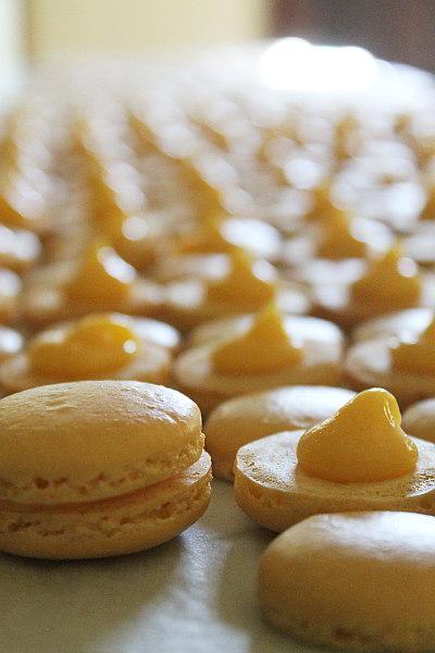macarons wed2